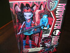Monster High Jane Boolittle Doll with Diary and Pet Voodoo sloth Needles NEW