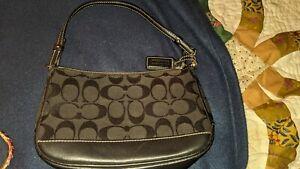 COACH 6094 Signature Demi Pouch Classic Small Shoulder Bag Purse Black on Black