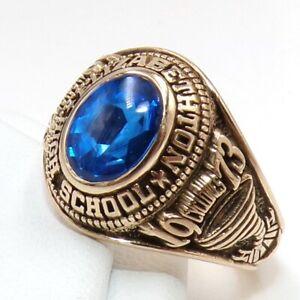 1973 Blue Topaz Elizabethton High School Class 10K Yellow Gold Ring Size 6 LJG2