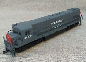 Mehano HO Gauge Alco Century 628 DC Diesel locomotive. Very Good, Boxed