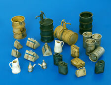 Plus Model Fuel-Stock Equipment Germany WWII Facilities Diorama 1:48 Art 4022