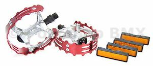 """Old school BMX XC-II Wellgo bear trap pedals 9/16"""" (FOR 3 PIECE CRANKS) RED"""
