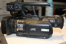 JVC GY-HM150E FULL HD Progi Camcorder Händler