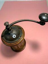 superbe moulin à café de marque peugeot - LOT 47 - modele peu courant