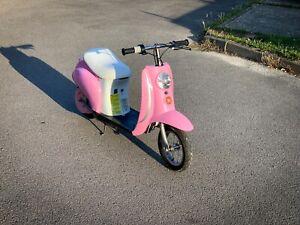 Razor Bella Pocket Mod Electric Scooter. Girls 24volt Electric Scooter