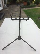 Fox 3 Rod Pod, Plus Fox Buzz Bars offered for sale in Immaculate condition