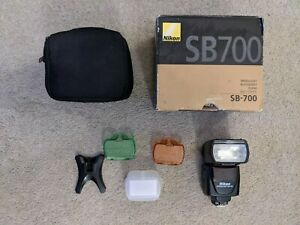 Nikon SB-700 Speedlight Flash Gun. Mint condition hardly ever used.