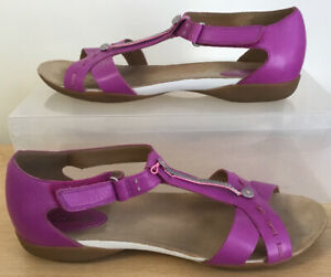 Ladies CLARKS Comfort Leather Flat Sandals UK Size 6D EU 39.5 Excellent