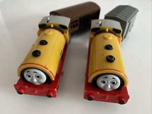 Tomy Trackmaster Thomas The Tank Engine Battery Trains Bill and Ben & Carriages