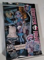 Monster High Doll ABBEY BOMINABLE ART CLASS Doll New! C1
