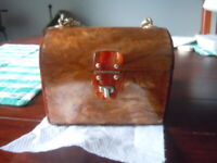 Vintage 1960's British Hong Kong amber colored lucite purse heavy chain handle