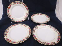 "Thun China 8-5/8"" Luncheon Salad Plates Set of 4 Cream Border Blue Insets Floral"