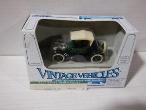 Ertl Vintage Vehicles 1914 Chevrolet Royal Mail Roadster Green 1/43 052821DMT2