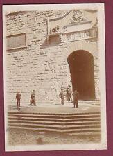 PHOTO - 160513 - ITALIE FLORENCE - garde escalier