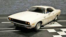 1/32 Slotcar Scalextric Dodge Challenger 1970 Weiss High Detail C3935