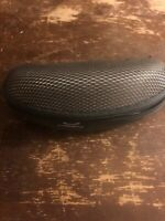 GREY OAKLEY SUNGLASSES CASE          D