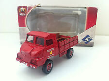 Solido - Simca Unic pompiers (1/50)