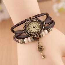 Reloj Pulsera Reino Unido Ladies Aspecto de Cuero Multicapa llave de encanto vintage marrón 8012