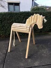 Voltigierpferd, Holzpferd, Holzpony mit bewegl. Ohren Stockmass 110cm