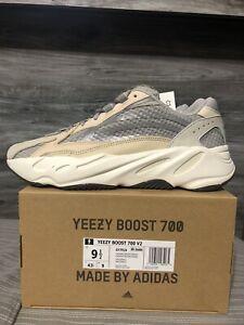 Adidas Yeezy Boost 700 V2 Cream GY7924 Size 9.5 White Kanye
