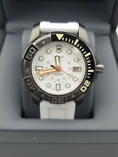 NEW Victorinox Swiss Army Dive Master 43MM White 241559 Men's Quartz  MSRP $795