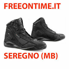 Botas y zapatos de mecánico