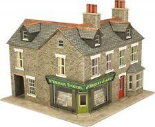 Metcalfe , 00 scale corner shop in stone. Kit build service