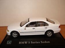 1/72 CARARAMA Hongwell  BMW 528i Sedan white