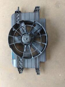 97 Saturn SC Radiator Coolant Fan Assembly OEM 52477651