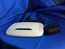 *INTERNET* TP-LINK150Mbps WIRELESS ROUTER WITH ADAPTER