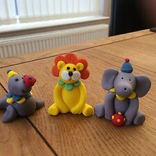 Set Of Three Circus Animals Edible Hand Made . Lion . Seal . Elephant