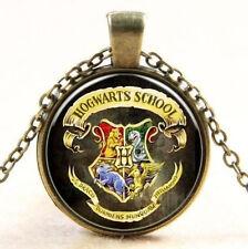 Hogwarts Wappen Glas Cabochon Poliert Anhänger + Kette 45cm Harry Potter 1Stk