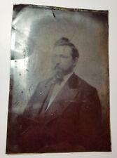 Man in suit, tie, beard, half-plate tintype photo, 4x7, old