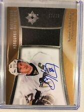 2015-16 Ultimate Collection Signature Honoured Materials Sidney Crosby Auto /15
