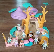 Vintage Fisher Price 1996 Hideaway Hollow Tree House 9 Bunny Rabbits + Furniture