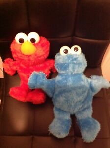 Hasbro - Sesame Street Squeeze-a-Song - Cookie Monster & Elmo