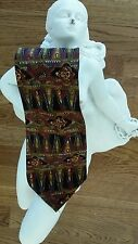 The Metropolitan Museum of Art 100 % Silk Tie. TIMELESS!