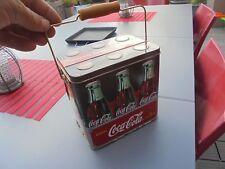 """Coca Cola Ancien Panier en Tôle """"Handy To Carry Homme """"de 6 anciennes Bouteilles"""