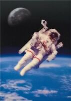 """3D postcard – Space walk of astronaut Bruce McCandless II """"free-flying"""" in space"""