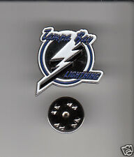 LOT 10x TAMPA BAY LIGHTNING NHL Hockey Team Logo METAL HAT LAPEL PINS New Sealed