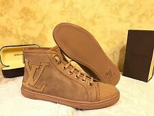 Authentic Louis Vuitton Women's Suede Shoes Sneakers with LOGO - US 7,5 UK 5,5