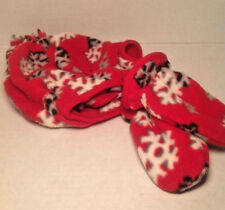 Old Navy Red Snow Flake Fleece Cap Glove Winter Set Size 6 / 12 months