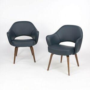 2020 Eero Saarinen Knoll Executive Armchair in Navy Blue Leather w/ Wood Legs 5x