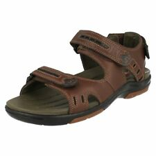 Clarks Strapped Sandals - Men's Footwear