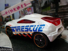 2013/2014 CITY WORKS Design Ex TOYOTA RSC∞White/Red; Rescue∞LOOSE∞Hot Wheels