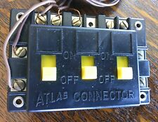 Atlas 205 Connector Model Railroads Trains Track 3 Switch Power Part HO Scale 00