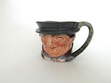 Porcelaine anglaise XXe Pot à lait Doulton barbotine