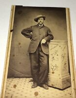 Antique American Civil War Era Fashion Gentleman, Super Pose! Hat! CDV Photo! US