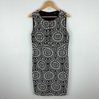 Pingpong Womens Dress 12 White Black Textiles Sleeveless Round Neck Zip Closure