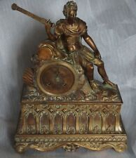 Pendule Horloge en bronze signée GILLION . NAPOLEON EN CESAR AVEC SON EPEE